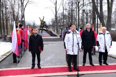 В Москве открыли Мемориал основоположникам борьбы самбо В. Спиридонову, В. Ощепкову и А. Харлампиеву